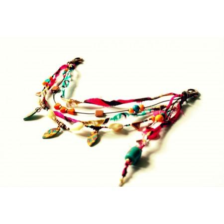 parure de pantalon « Voodoo », création unique Espeleta, tissu wax, cauri et pâte polymère, fuchsia et turquoise